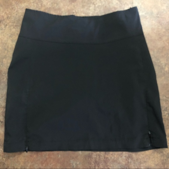 Antigua Pants - Antigua Desert Dry Skorts Size 6 Black Golf Skirt